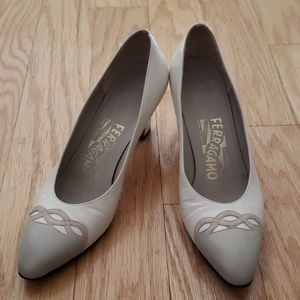 Ferragamo nude & cream heels